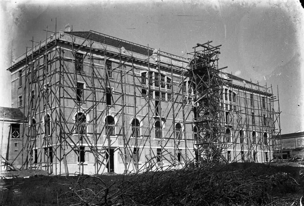 Liceu Pedro Nunes em obras, Lisboa (J. benoliel, c. 1909)