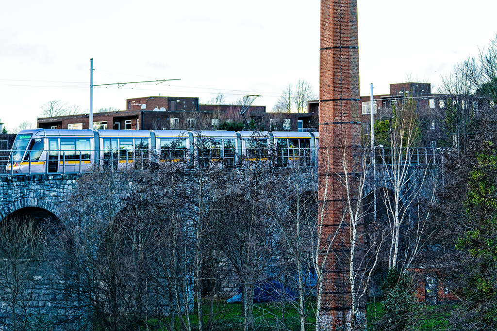 NINE ARCHES TRAM BRIDGE IN DUBLIN 003