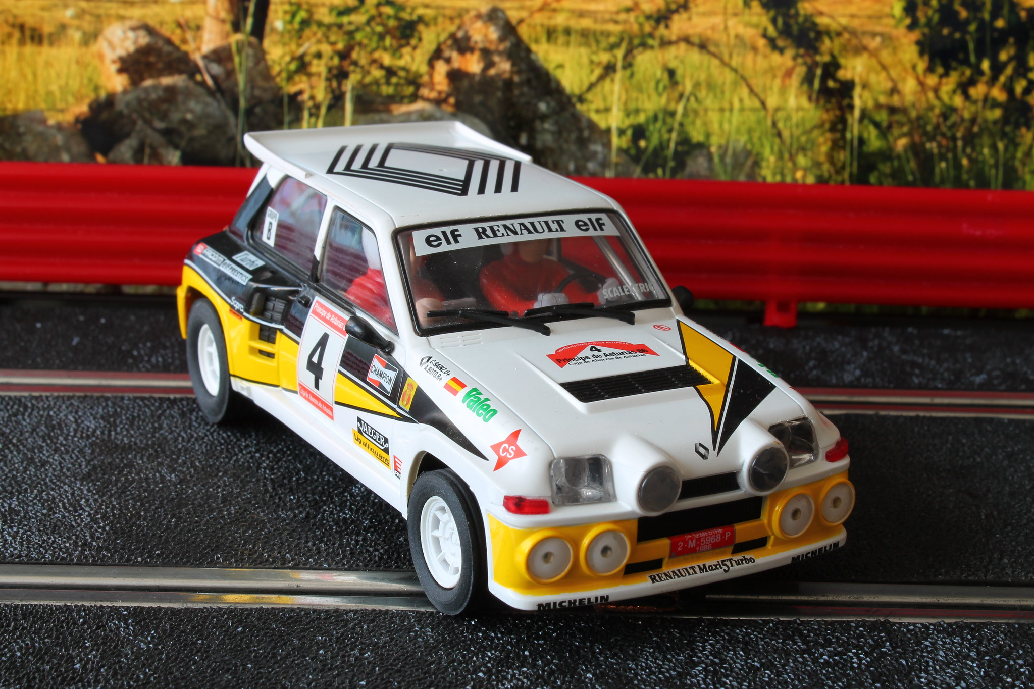 renault 5 turbo maxi turbo carlos sainz rallye pr ncipe de asturias 1986 ukloma slot cars. Black Bedroom Furniture Sets. Home Design Ideas