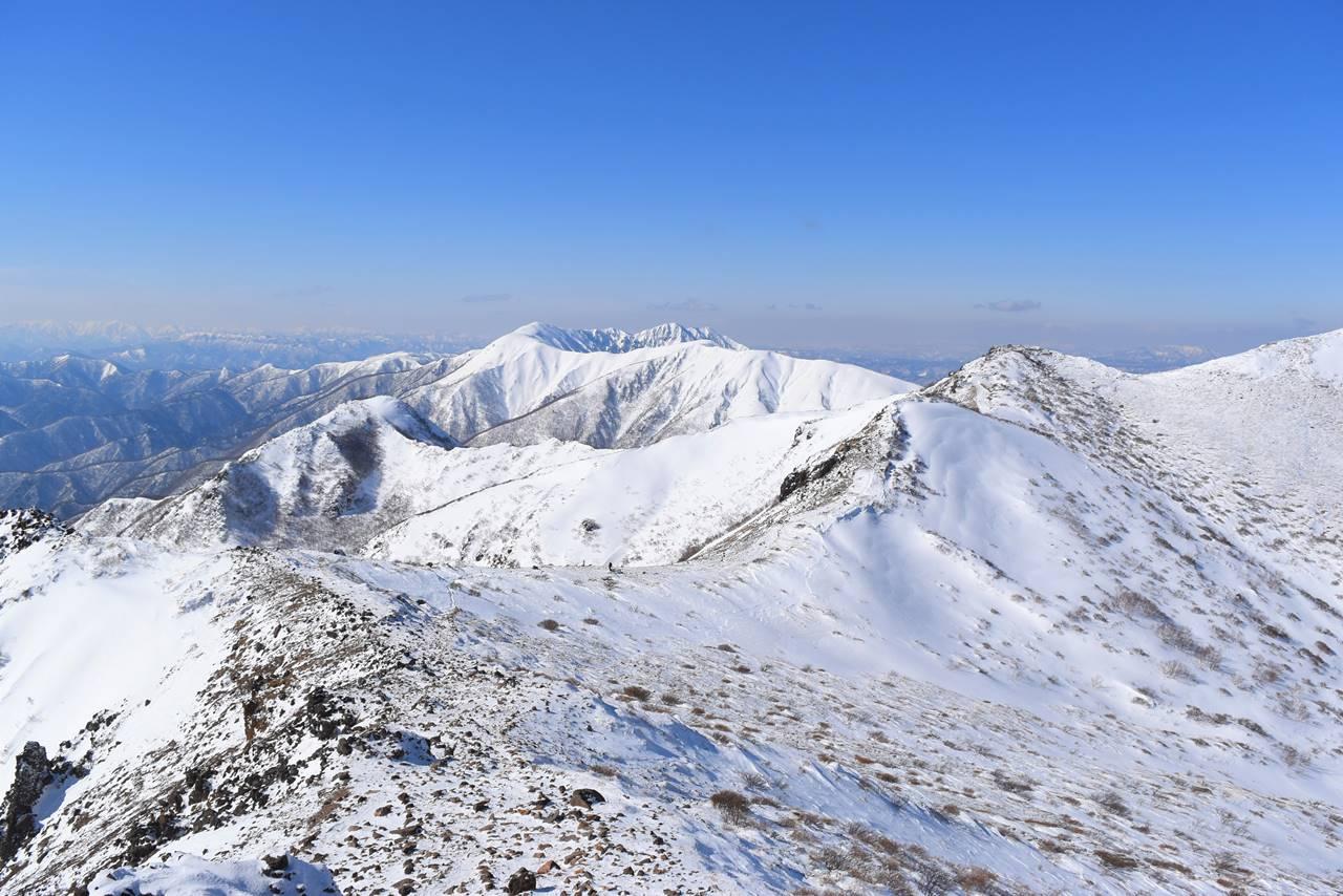 那須岳・茶臼岳~朝日岳 日帰り雪山登山