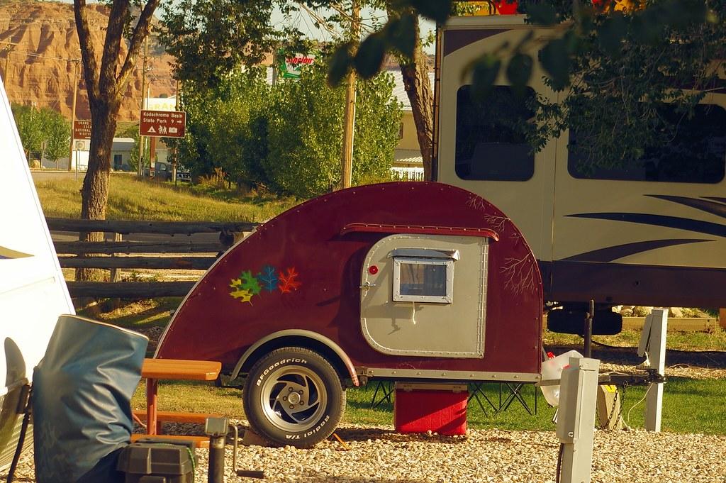 Teardrop trailer at Cannonville / Bryce Valley KOA, Utah highway 12, October 8, 2015 (Pentax K-3 II)