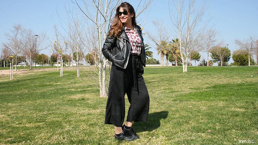 pantalón culotte chaqueta de cuero