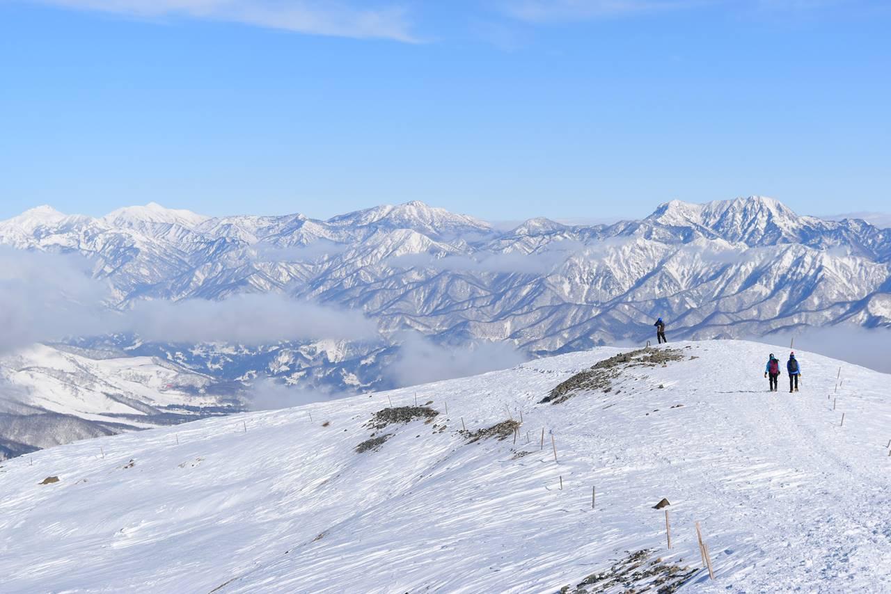 八方尾根から眺める北信五岳