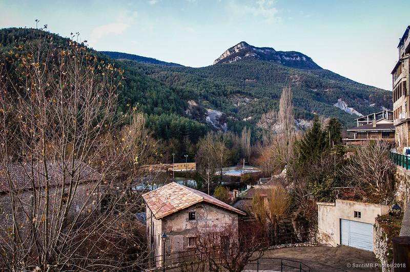 Serra de Gisclareny, Cingles de la Torre y Roca Tirabal desde Bagà