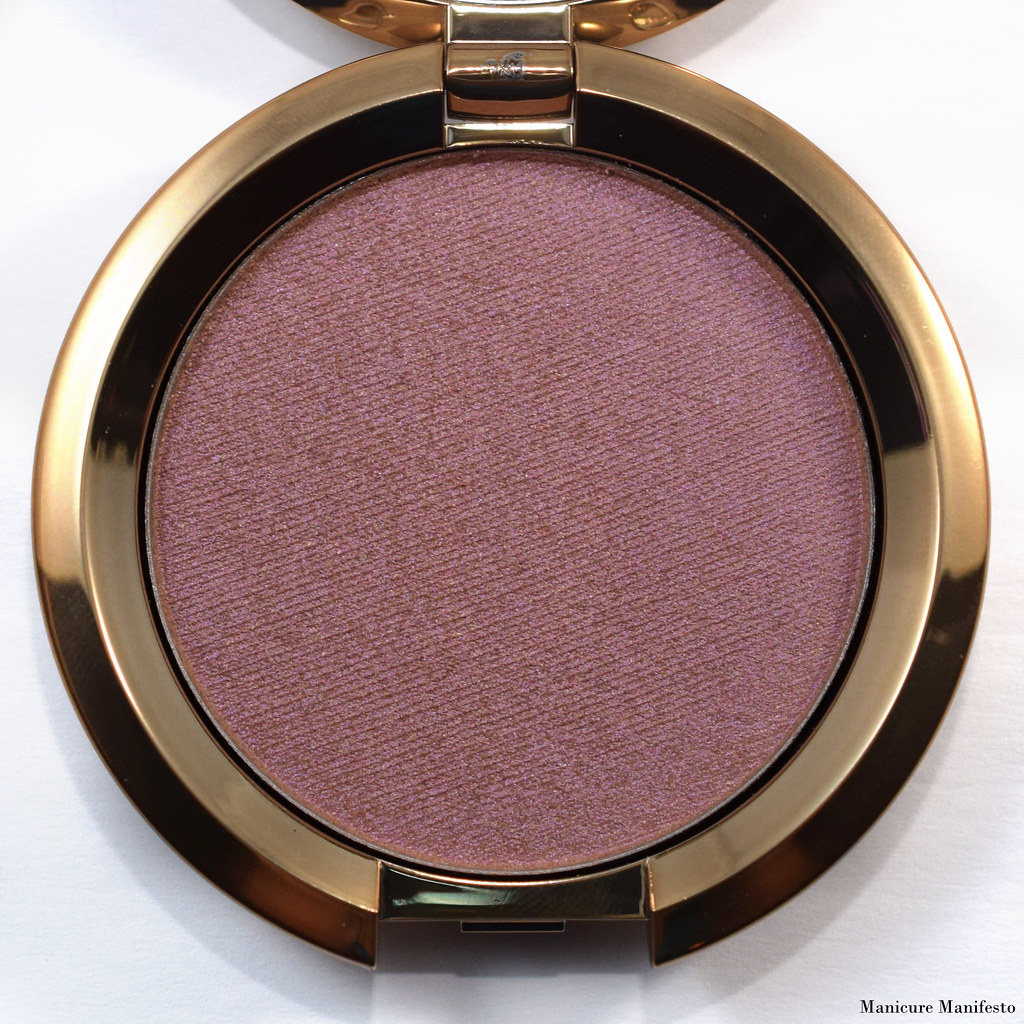 Becca Amethyst Flashes Geode review