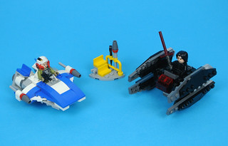 Review: 75196 A-wing vs. TIE Silencer Microfighters