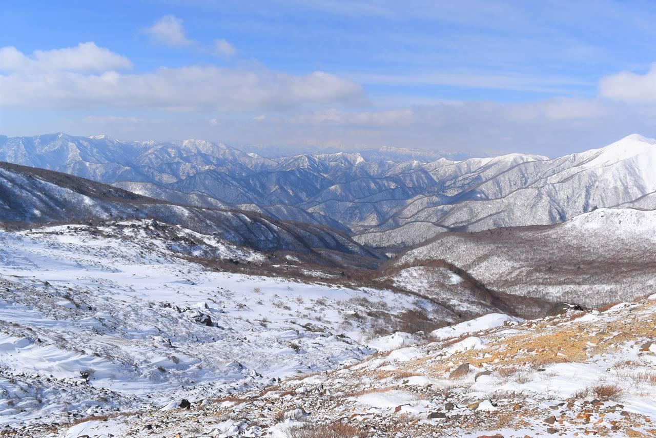 那須岳から上信越方面の展望