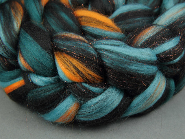 Rebel Blend extra fine Merino and Stellina combed top/roving spinning fibre 125g – 'Patina'
