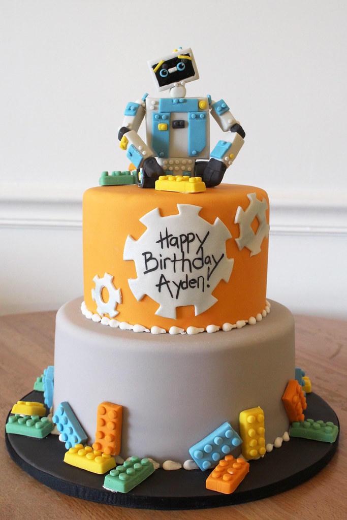 Lego Robot Maker Birthday Cake Oakleaf Cakes Flickr