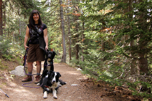 2018 1 10 - Mom and Pups at Indian Peaks - IMG_0326.JPG | by Rags Edward