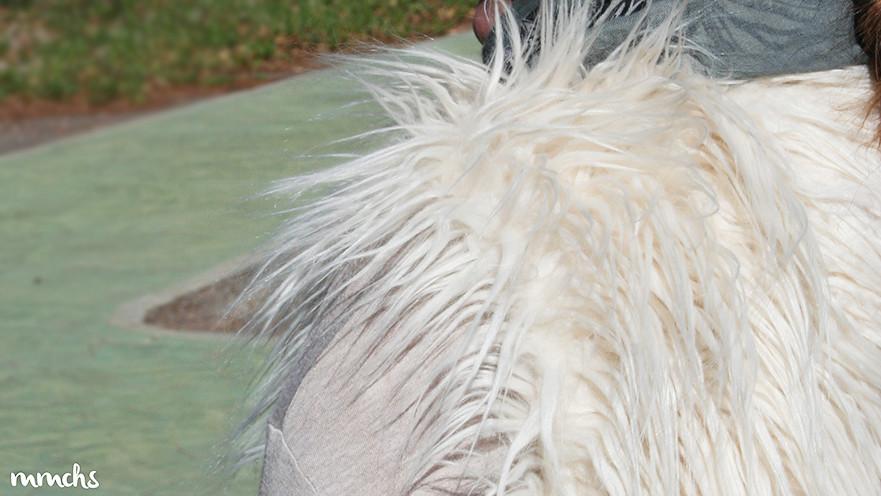 chaleco de pelo beige Zara Kids