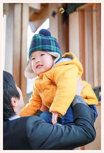 塩竈 (しおがま)神社でお宮参り・100日祝い写真(名古屋市天白区)女性出張カメラマンが撮る自然でおしゃれな家族写真
