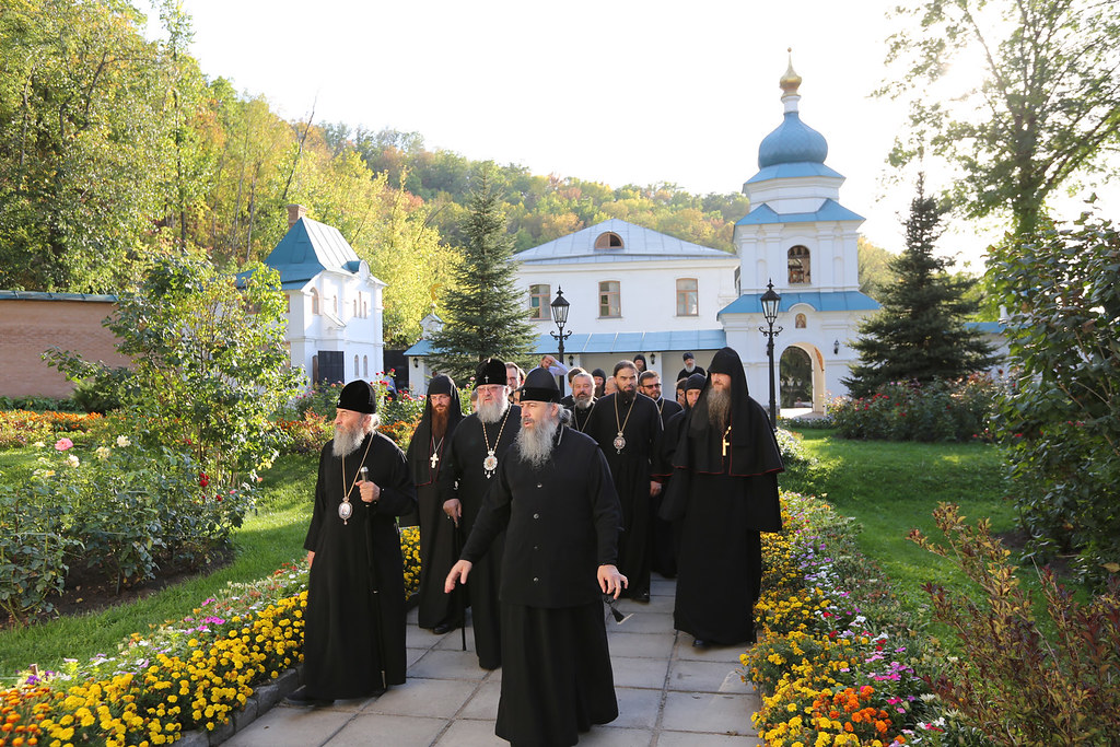 Посещение скита Предстоятелем УПЦ Блаженнейшим митрополитом Онуфрием. 24 сентября 2015г.