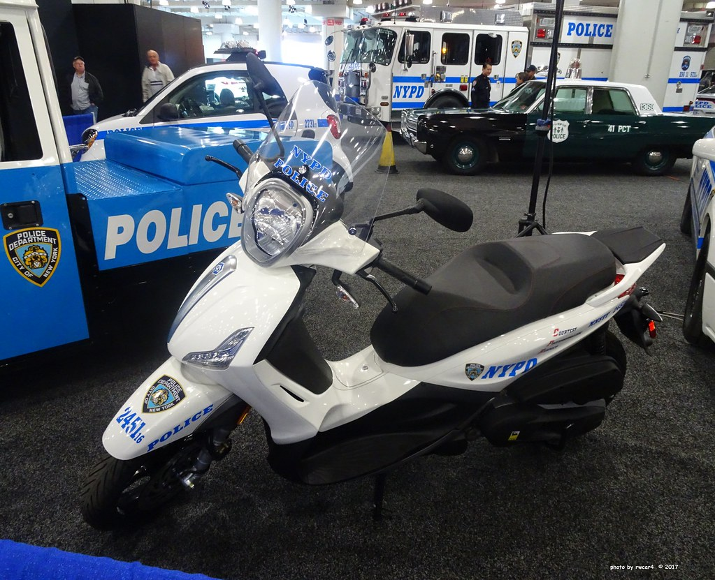 ... NYPD - 2016 Piaggo BV350 Scooter - MNSTF 2451 (1) | by rwcar4