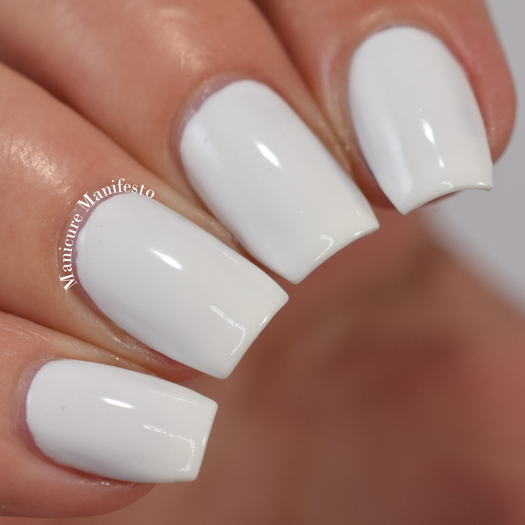 Zoya Snow White review