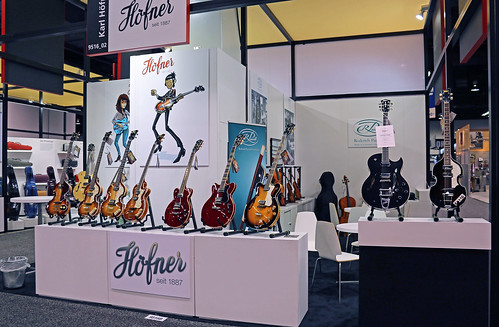 Hofner stand (1) | by Bluejay_SB