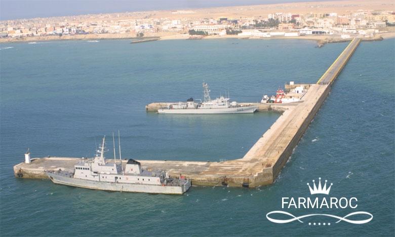 Bases et sites de la Marine Royale Marocaine - Page 2 39528994774_2d4b6eec0b_o