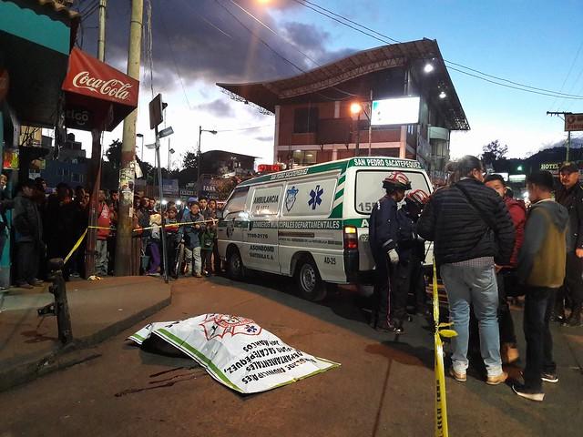 Persona muere atropellada por un trailer