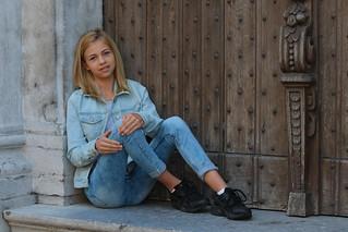 Zoë - age 13 | Model in Lier, begijnhof | RURO photography