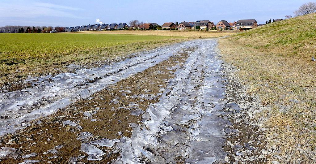 1 марта 2018, Морозное начало весны. Кёльн-Порц-Лангель.