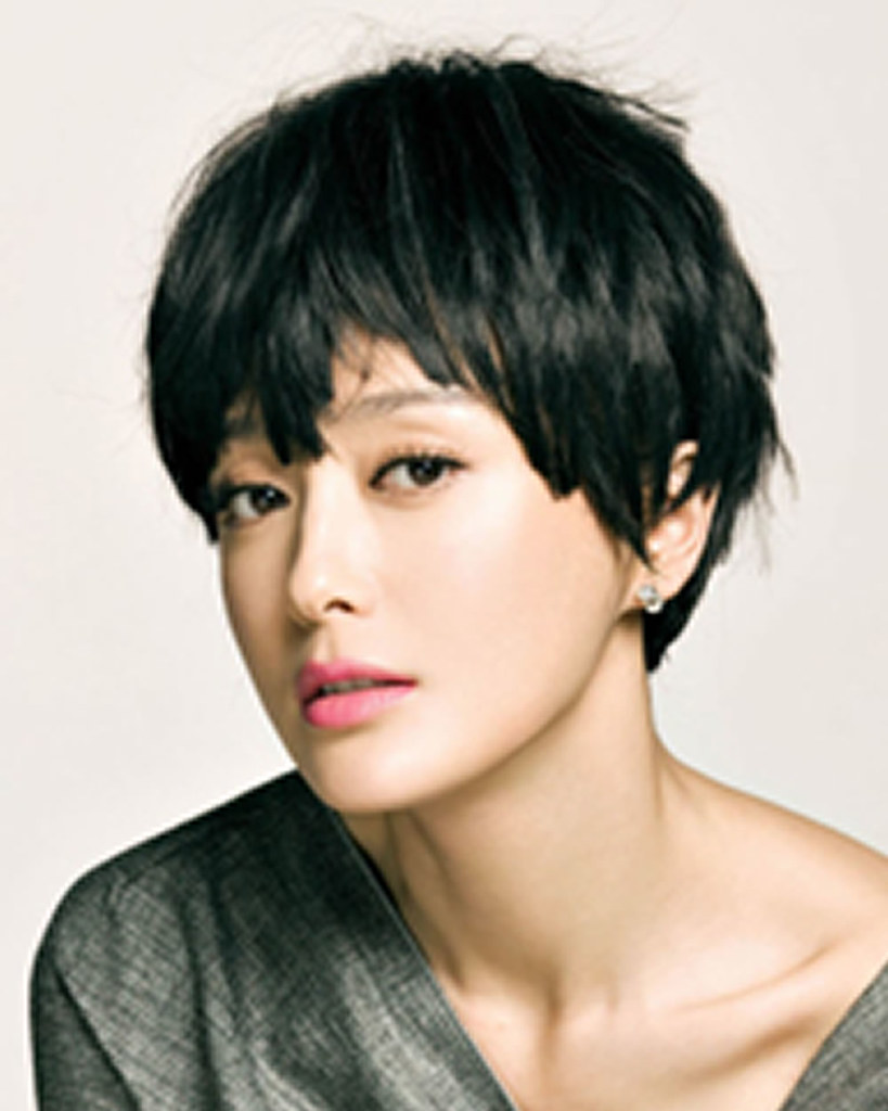 Short Haircuts For Women 2018 Pixie Very Short Hair Colo Flickr