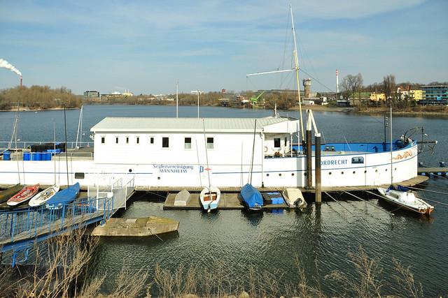 27. Februar 2018 ... Industriehafen Mannheim, Diffené-Brücke, Dordrecht ... Foto: Brigitte Stolle