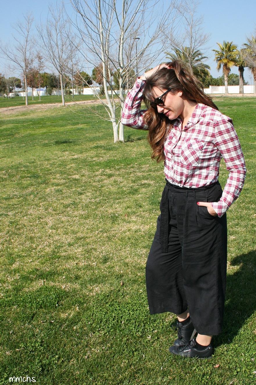 pantalón culotte negro Zara