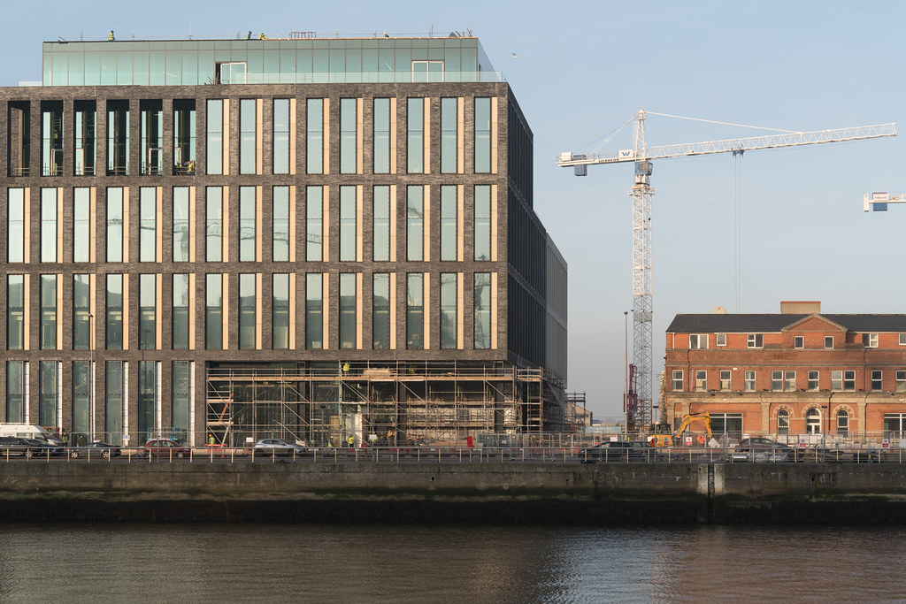 DOCKLANDS AREA OF DUBLIN - NOW A MASSIVE CONSTRUCTION SITE 004