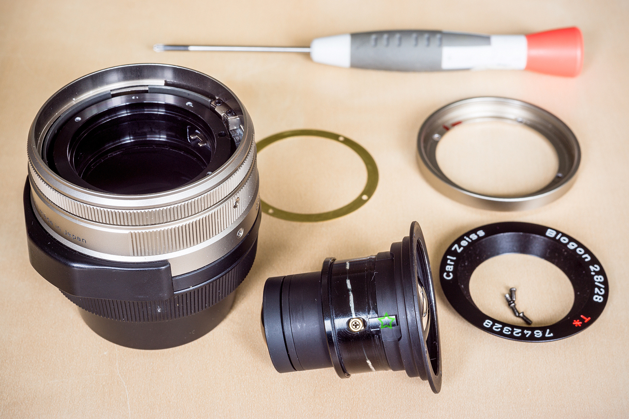 Carl Zeiss Contax G 28mm f/2.8 Biogon disassembled