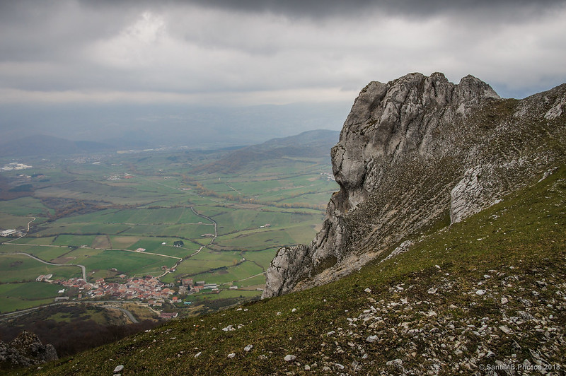 Valle de Ergoiena desde el collado de Ollide