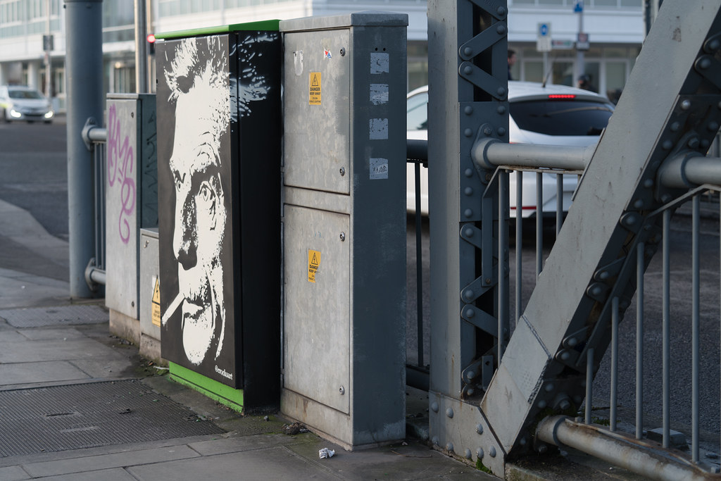 BECKETT - PAINT-A-BOX STREET ART BY CATHAL CRAUGHWELL  001