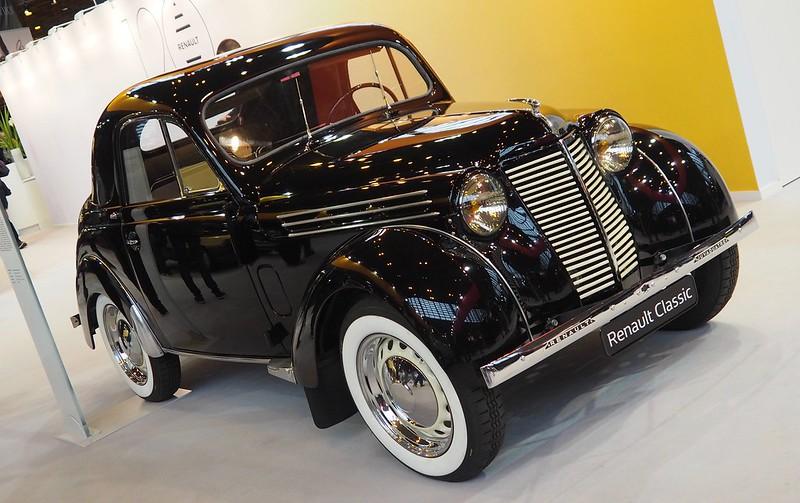 Renault coupé Juvaquatre 1947 40437337222_982392f9ef_c