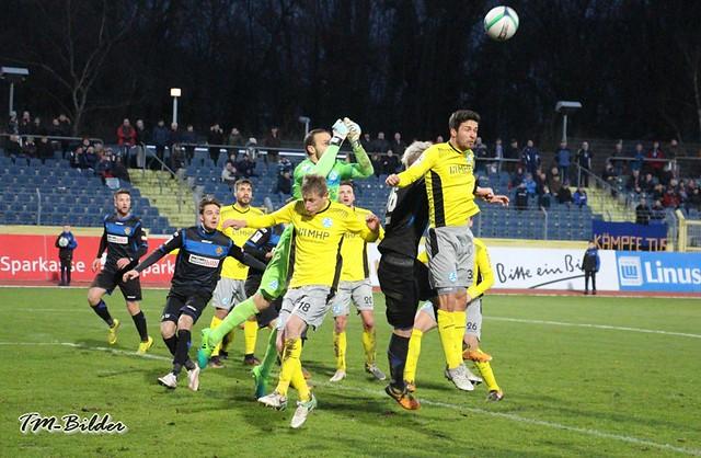 TuS Koblenz - Stuttgarter Kickers 0:3 26195866248_52ab778ff1_z