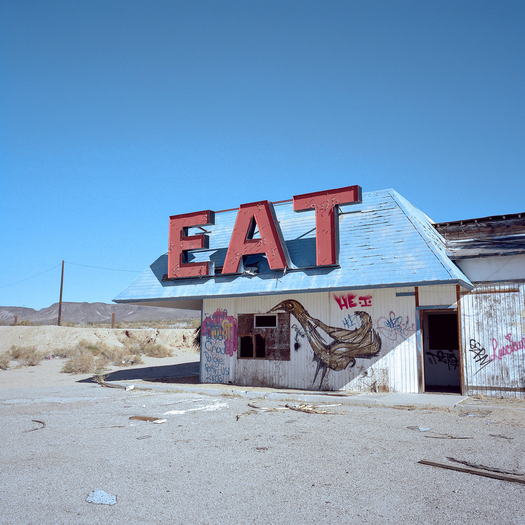 eat. mojave desert, ca. 2016. | by eyetwist