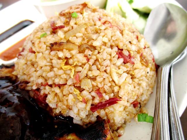 La'ssaty Cuisine corned beef fried rice