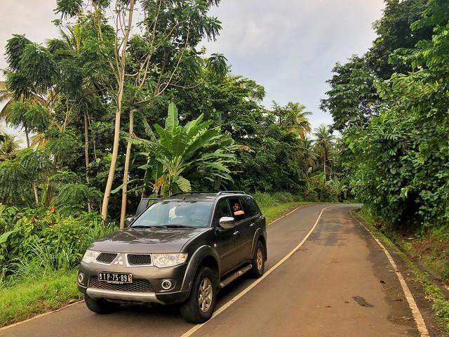 Carretera en Santo Tomé (Santo Tomé y Príncipe)