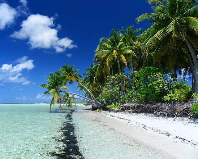 Postal paradisíaca en una de las playas más bonitas de Maldivas