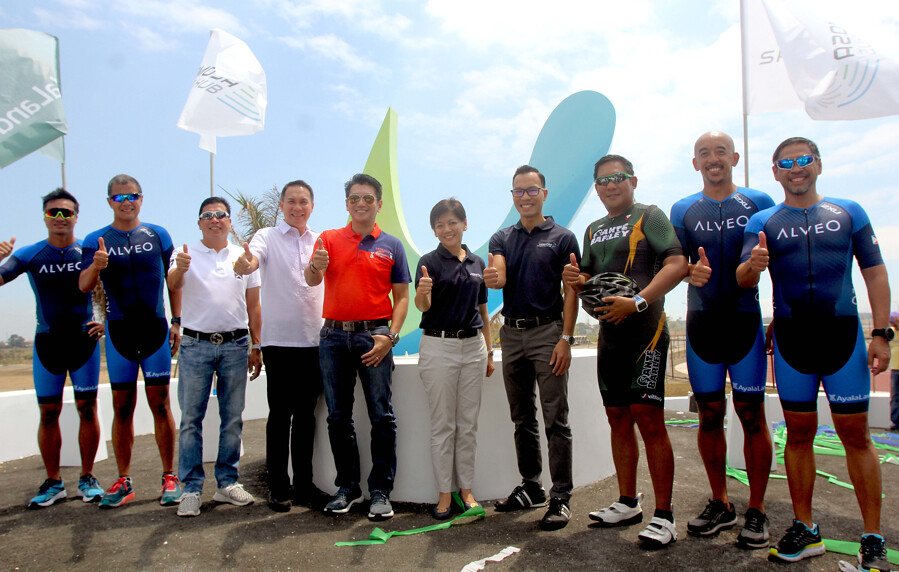 Gutz Gutierrez, Rico Manuel, Vice Mayor Ony Catimbuhan, Bobby Dy (President and CEO of Ayala (and), Mayor Emmanuel Maliksi, Meean Dy (SVP & Head of SCMG ALI), Jay Teodoro (Estate Head, Vermoso ALI), Joey Marcelo (President Sante Barley), Aris Cajucom, Joy Caniza – ALI EXECUTIVES