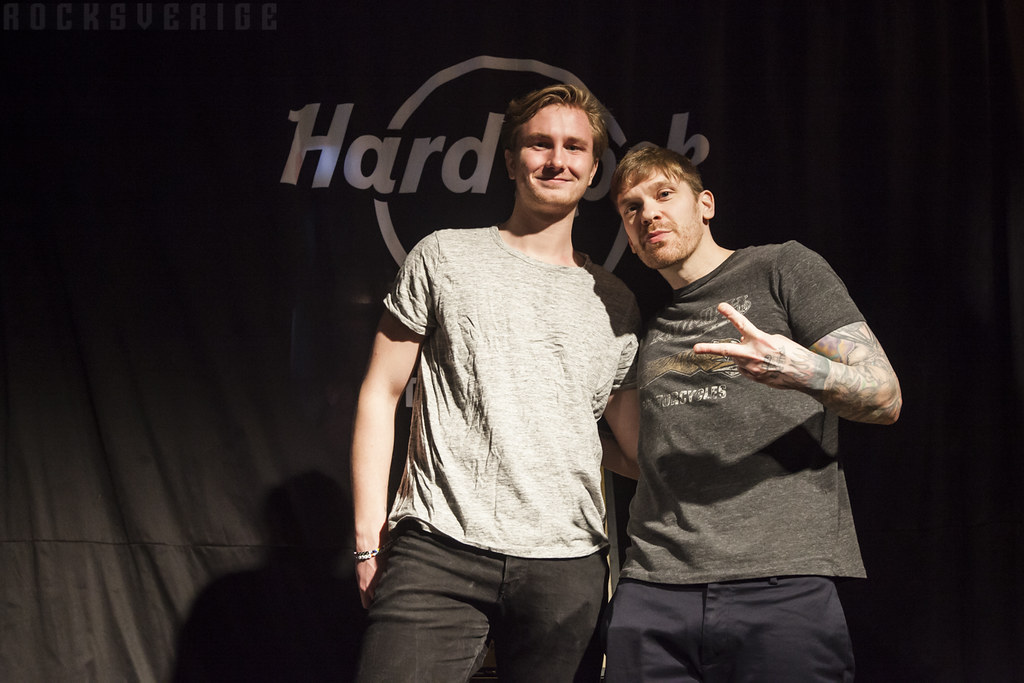 Shinedown meet greet and listening session at hard rock flickr shinedown meet greet and listening session at hard rock cafe 20180310 9 by m4hsunfo