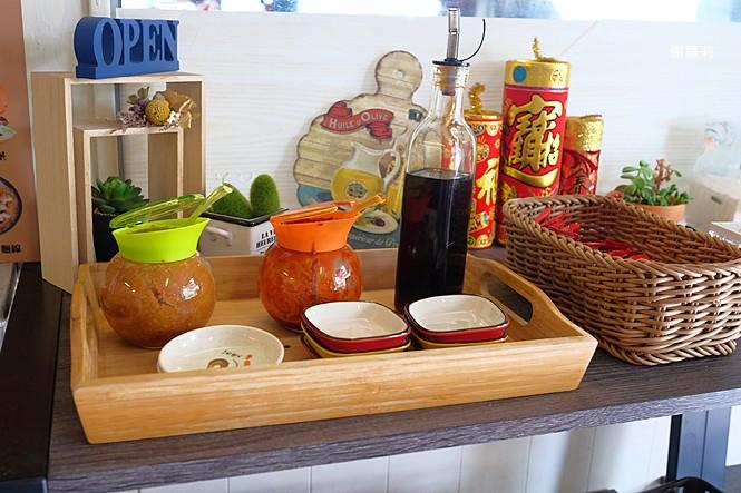 40239773544 dfdfbd0016 b - 卯食堂 | 豐原早餐推薦 肉蛋吐司、麵線專賣,激推季節限定超美的抹茶草莓三明治,這個真的好好吃!