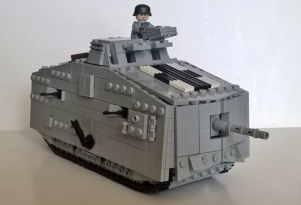 Sturmpanzerwagen A7V. | A7V - German heavy tank of the ...
