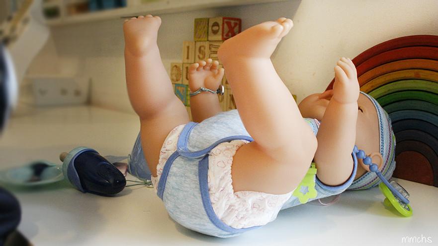 muñeco baby born de bandai