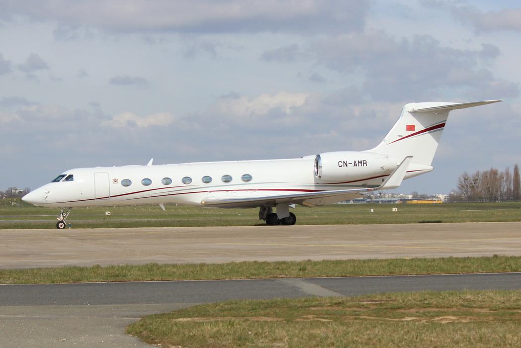 FRA: Avions VIP, Liaison & ECM - Page 19 40064782495_573f47e5eb_o