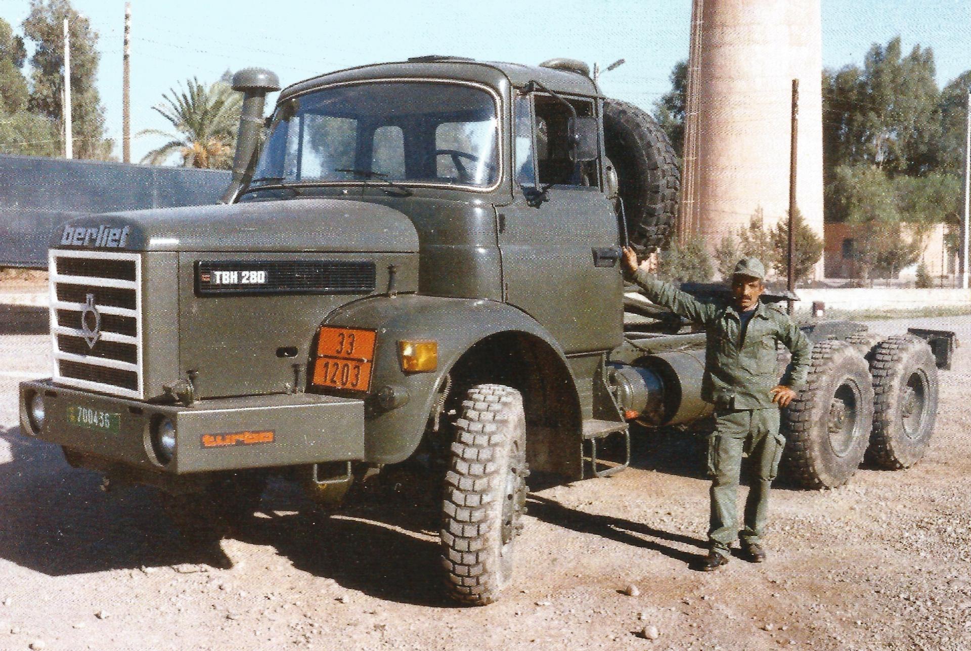 Photos - Logistique et Camions / Logistics and Trucks - Page 6 40083273064_5e8f4e342b_o