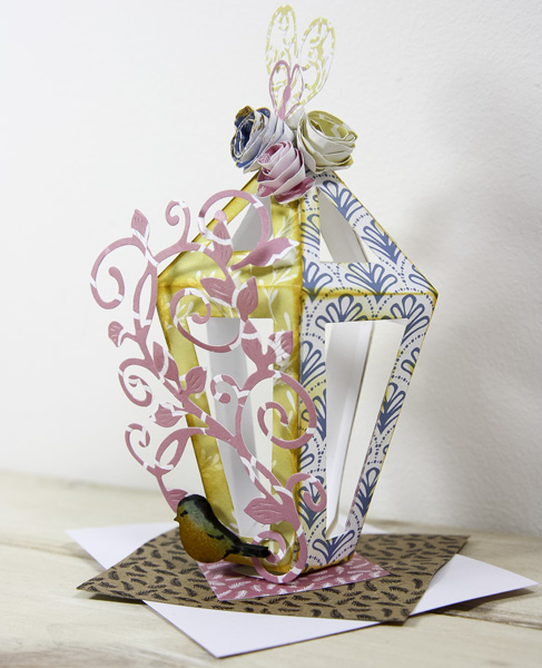 Pretty spring crafts - lantern table decoration
