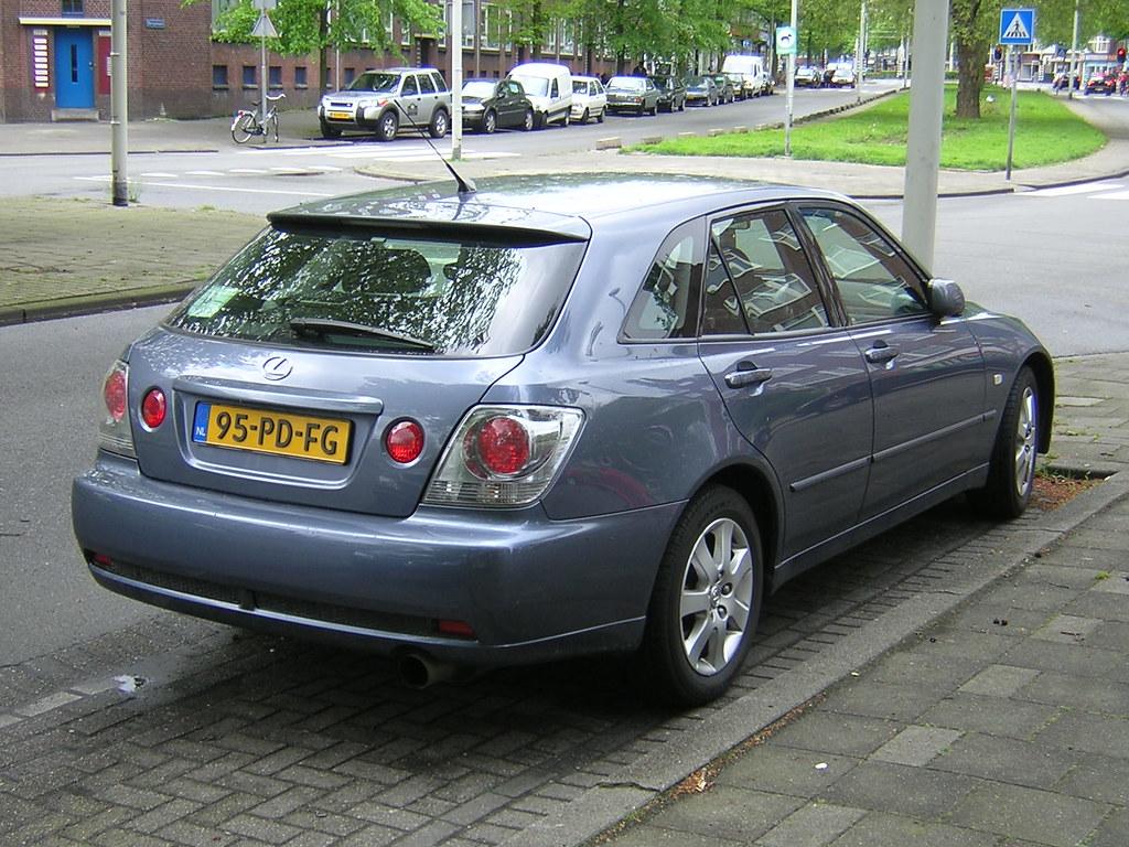 Lexus IS 200 Sportwagon (08 05 2004) | Rotterdam | Henri ...