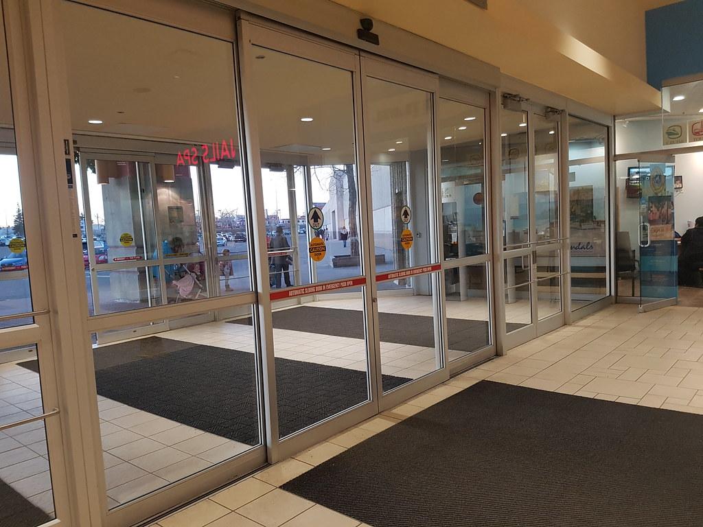 Nabco Doors Besam Doors At The Marlborough Mall In Calgar Flickr