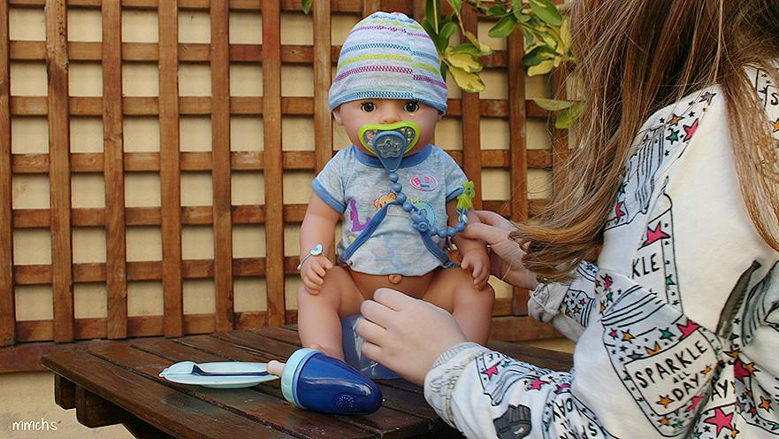 baby born chico de BANDAI