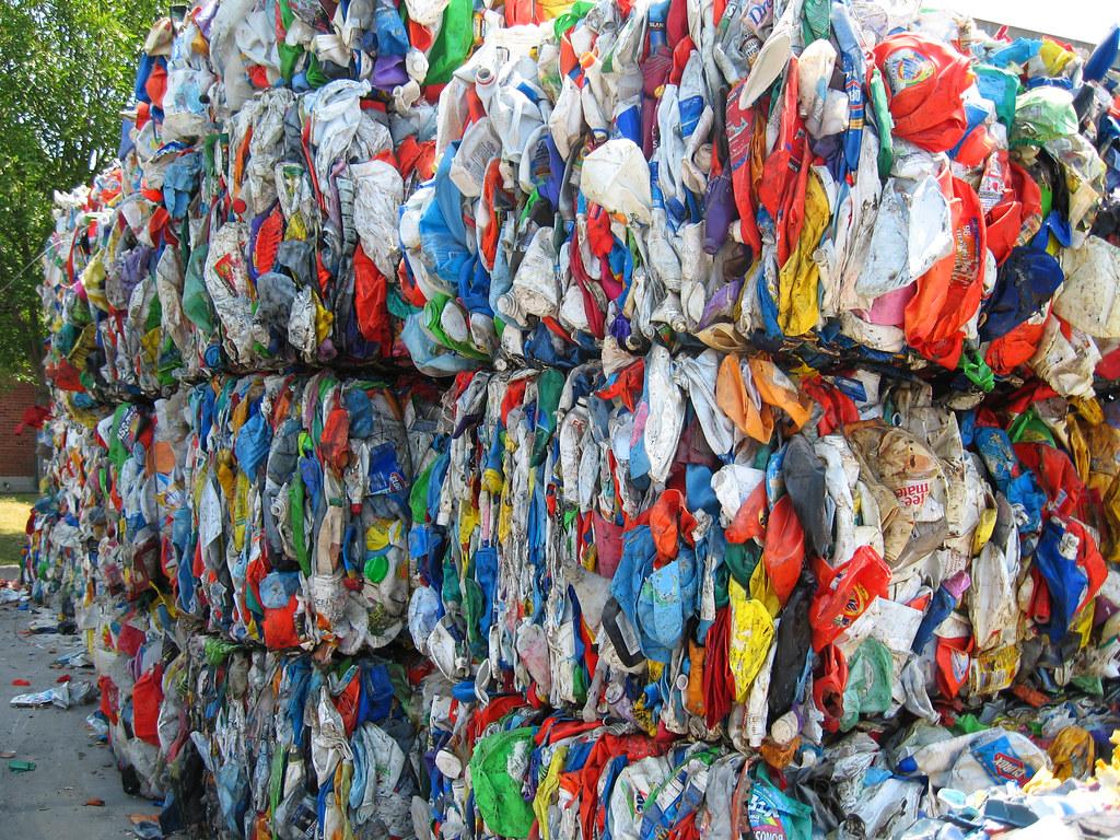 塑膠回收。lolaleeloo2(CC BY-NC 2.0)