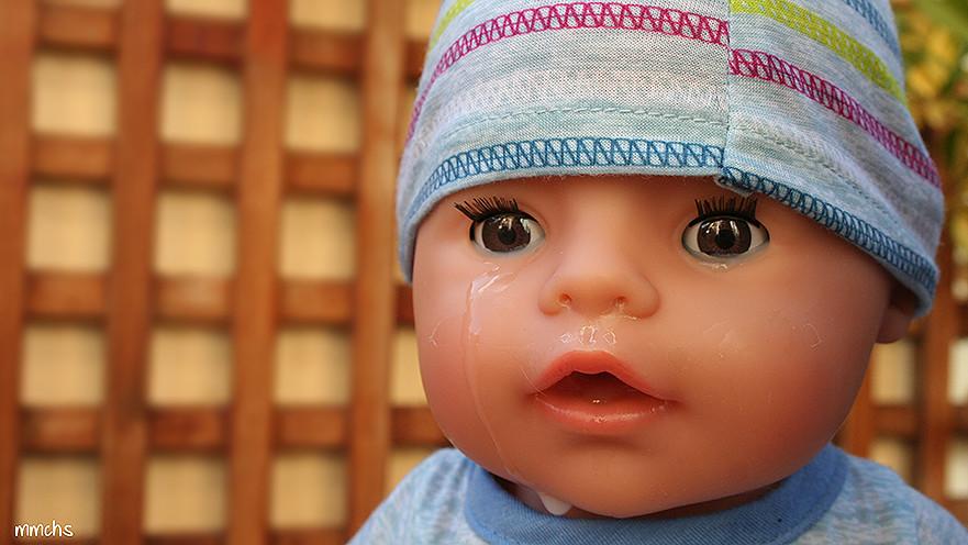 muñeco baby born llorando
